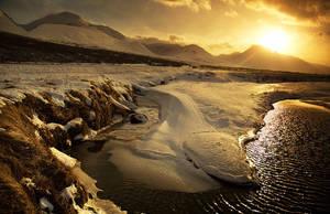 Iceland gold space by PatiMakowska