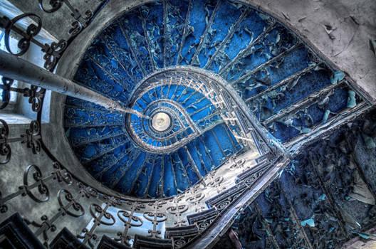 Crazy of the Indigo Swirl by PatiMakowska