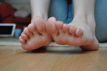 Barefoot Around The House 1 by Foxy-Feet
