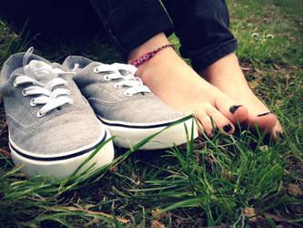 Simple Shoe Shot by Foxy-Feet