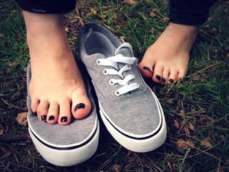 Shoe Squash by Foxy-Feet