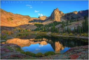 Sun Dial Peak Autumn by tourofnature