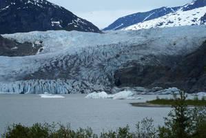 Mendenhall Glacier by enavantinc