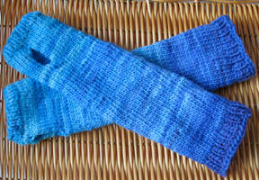 Blue armsocks by StarTyrian