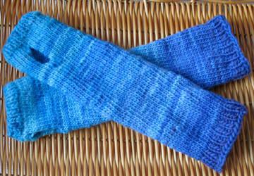 Blue armsocks by StarTyrian