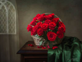 Still life with bouquet of red roses by Daykiney