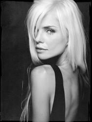 Lindsay by DavidBenoliel