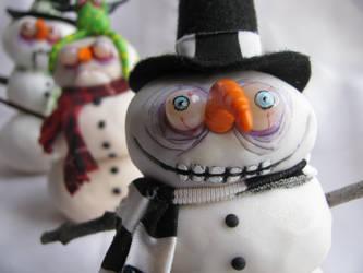 snowmen. snowman, snowskeleton by mealymonsterland