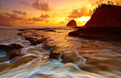 Cape Kiwanda, I by coulombic