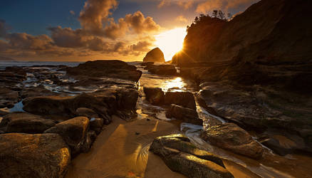 Cape Kiwanda by coulombic
