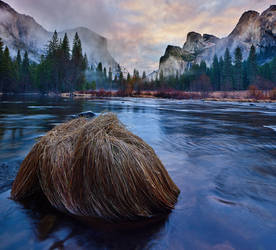 Yosemite by coulombic