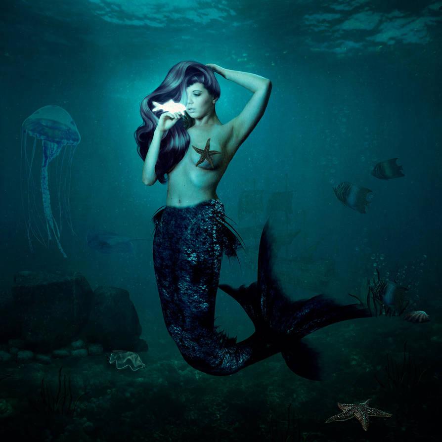 Mermaid's Treasure by darkcherrydesign