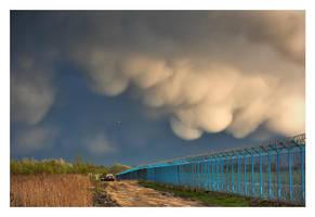 Mammatus clouds by rumun