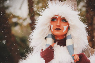 Ahsoka Tano (Winter Coat) Cosplay 1 by mblackburn