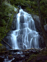 Waterfall by WakeUpDormouse