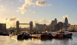 Tower Bridge by Mohain