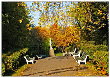Walk in september by Frider
