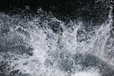 Water Sploosh by HobbitPunk