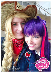 Applejack and Twillight Sparkle by Safiriel