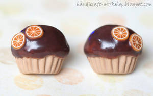 Chocolate muffins with orange slices - studs by Panna-Kot