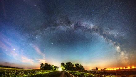 Looking at the galaxy by HendrikMandla