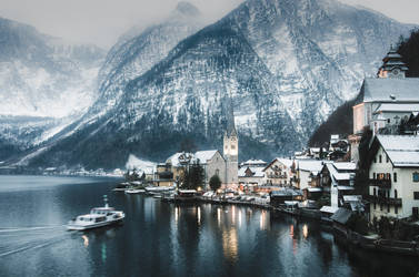 Hallstatt in winter by HendrikMandla