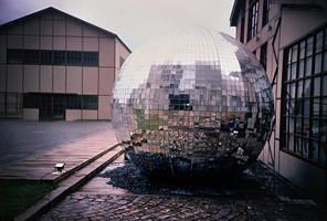 b - Disco ball by senemsinem