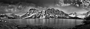 Dark mountain by DrOfPhotography