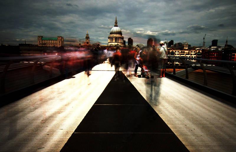 Bridge in a blur by Samtheengineer