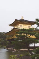 Kinkaku-ji Temple by moonmandala