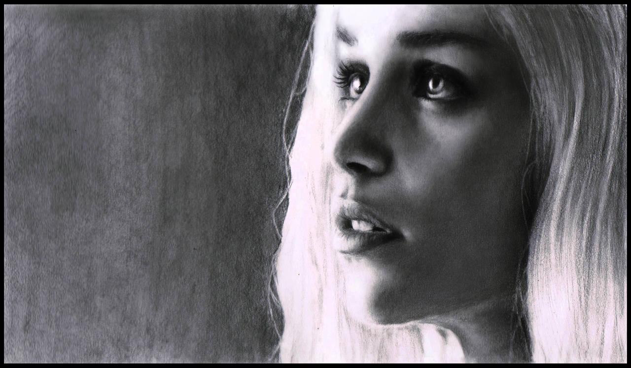 Daenerys Targaryen by xbooshbabyx