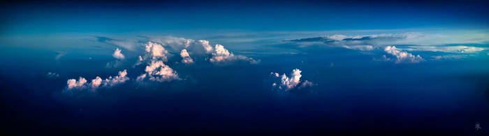 Sea of cloud by romainjl