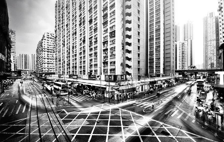 Hong Kong crossing by romainjl