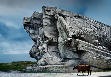 Adjimushkay quarries by iconicarchive