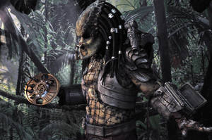 PREDATOR at sci fi convention by Heartofdevil-cosplay