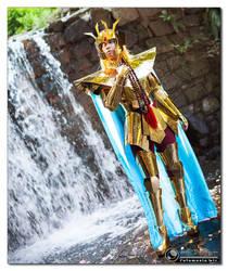 Golden Elegance by Ivycosplay