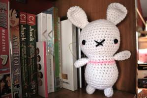Stripe bunny by hiro-chan28