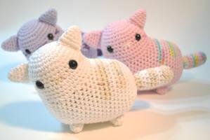 Meow by hiro-chan28