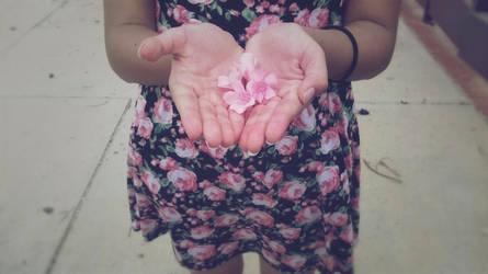 Flowers by StrawberryKonekechan