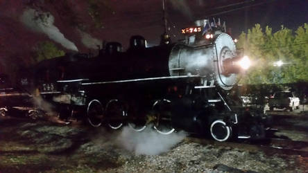 Steaming in the city lights  by Usrailfan1
