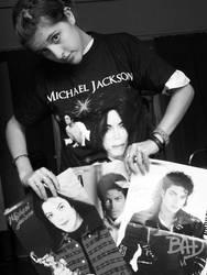 Michael Jackson Fan by PlaguedShadow