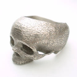 skull ring by noformdesign
