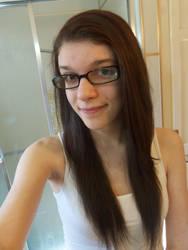 Straight Hair[: by JessieAsylum