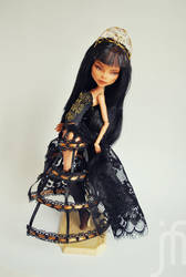 Monster High Cleo de Nile Black Widow repaint by Moniee