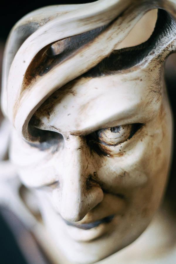 Face of Ikaros by tyrnau