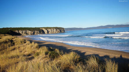 Tasmanian Beaches -  3  (west) by Brakawolf