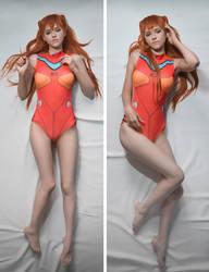 Asuka Langley in swimsuit cosplay dakumakura by pollypwnz