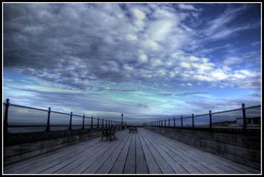 Littlehampton Pier by killyourown