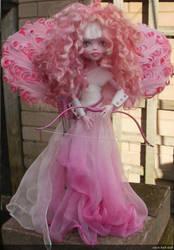 monster high custom repaint cupid valentine by Rach-Hells-Dollhaus