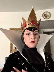 Evil Queen Cosplay Closeup by EmilyDfan